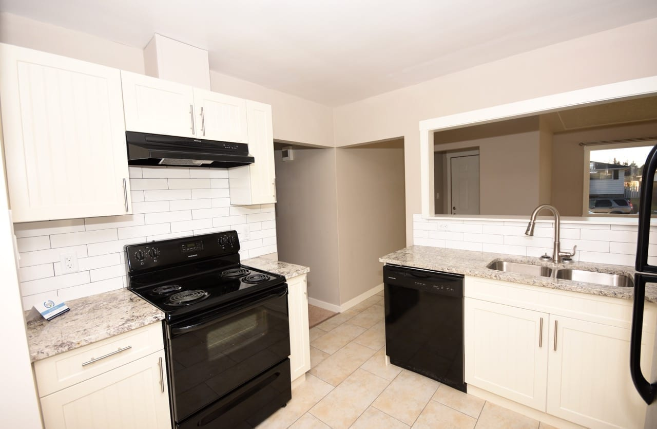 kitchen renovation in edmonton after picture 3 13211